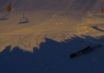 Torchlight descent by ski instructors